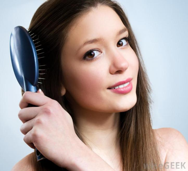 woman-brushing-her-hair